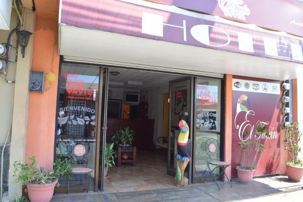 Hotel Pictures: Hotel El Tucan, Alajuela