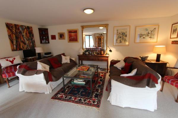 Hotel Pictures: Rosat 5, Chateau-dOex