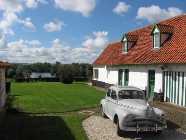 Hotel Pictures: Chambres d'hôtes B&B Cote d'Opale La Fermette du Lac, Ardres