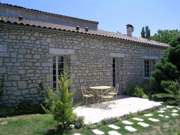 Hotel Pictures: Villa Les Mathes Calme Et Campagne, Les Mathes