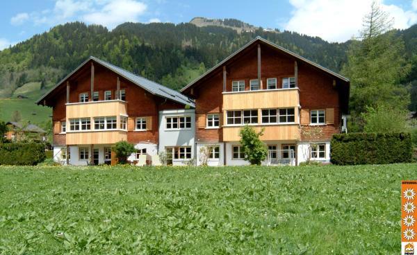 Fotos do Hotel: Ferienwohnungen Erath, Schoppernau