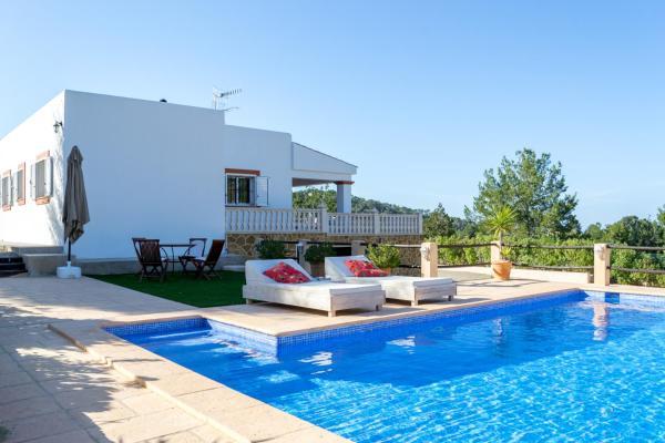 Hotel Pictures: Casa Maria, Ses Fontanelles
