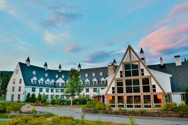 Hotel Pictures: Gîte du Mont-Albert - Sepaq, Sainte-Anne-des-Monts