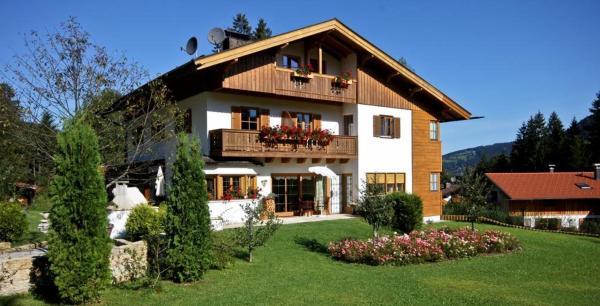 Hotel Pictures: Kaiser's Landhaus, Schliersee