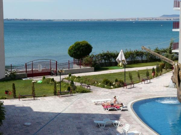 Fotos de l'hotel: Apartments Privilige Fort Beach, Elenite