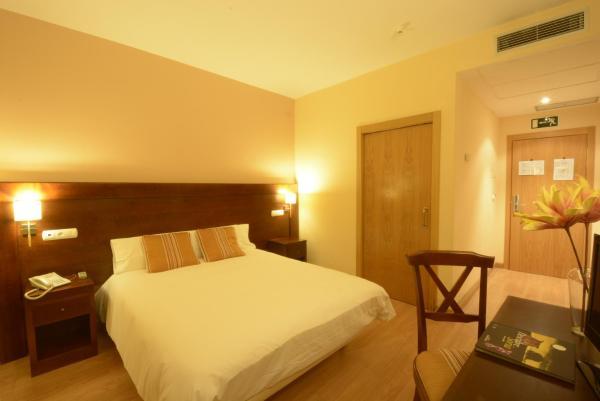 Hotel Pictures: Campos de Castilla, Soria
