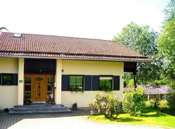 Hotelbilleder: Ferienwohnung im Landhaus am Nationalpark, Ludwigsthal