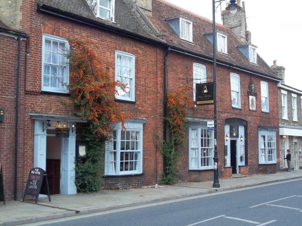 Hotel Pictures: The Bell Hotel, Mildenhall