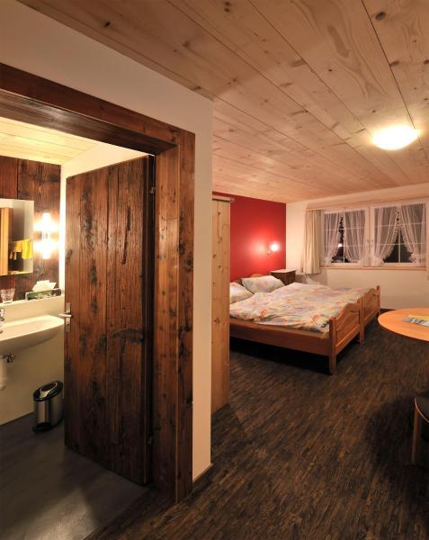 Hotel Pictures: Gästehaus zum Tulpenbaum, Turbenthal