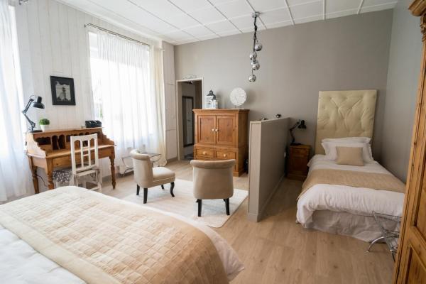 Hotel Pictures: Les Cèdres Bleus, Liévin