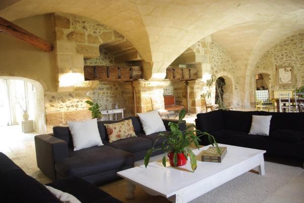 Hotel Pictures: Le Moulin de Payan, Mouriès