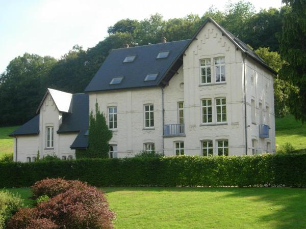 酒店图片: Holiday Home Le Grand Manoir D Ostenne, Plagneau