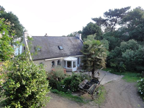 Hotel Pictures: Holiday Home La Crique, Quilvouarn