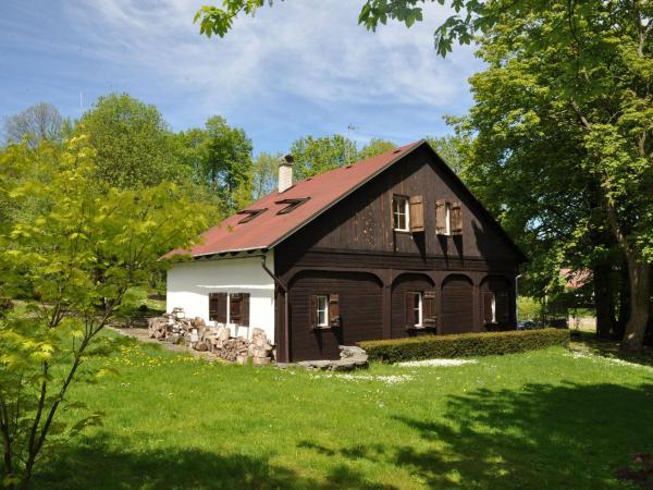 Hotel Pictures: Holiday Home Brejcha, Polevsko