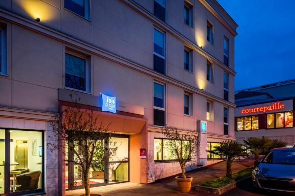 Hotel Pictures: Hotel ibis budget Chatillon Paris Ouest, Châtillon