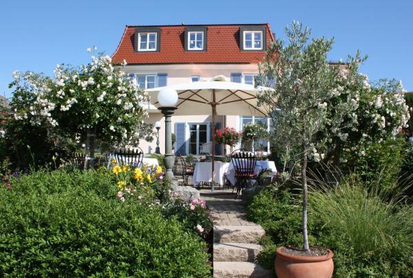 Hotel Pictures: Hotel Villa Seeschau - Adults only, Meersburg