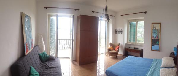 Superior Quadruple Room with Shared Bathroom and Sea View