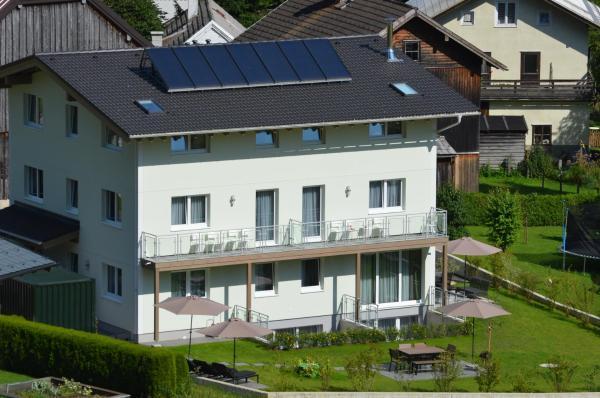 Zdjęcia hotelu: Apartment Haus Van der Leij, Russbach am Pass Gschütt