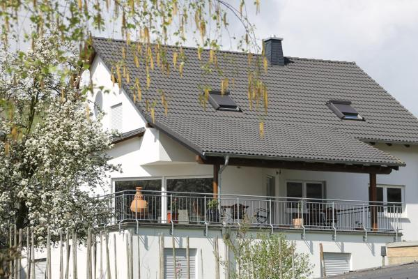 Hotel Pictures: The Vines Holiday House, Trittenheim