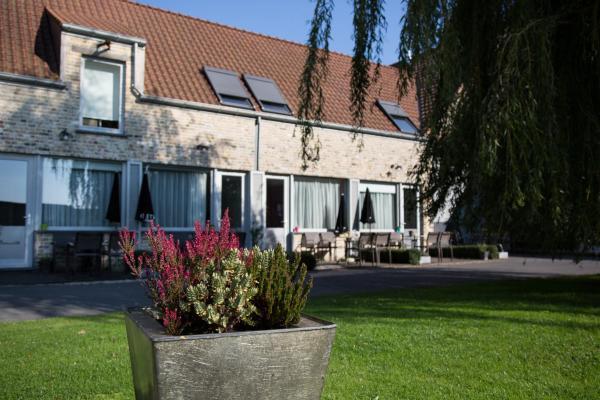Hotelbilleder: B&B Het Schaliënhof, Veurne