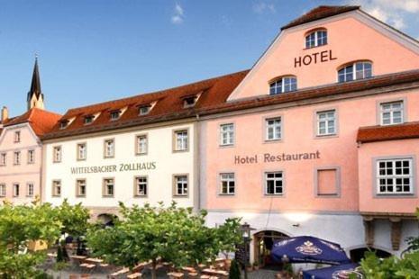 Hotelbilleder: Hotel Wittelsbacher Zollhaus, Vilshofen an der Donau