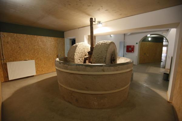 Hotel Pictures: Alberg Molí de Sant Oleguer, Sabadell
