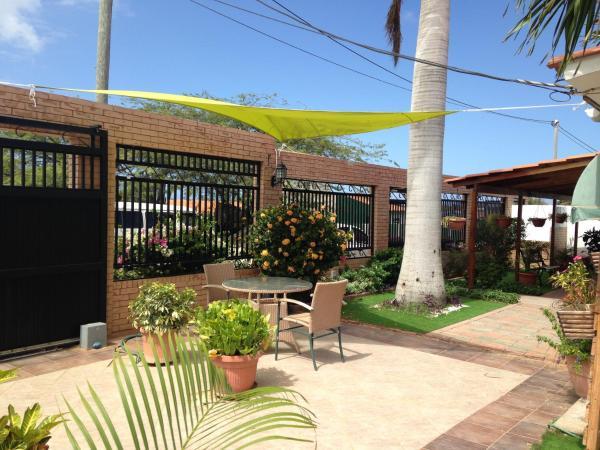 Fotos do Hotel: Pirela Realty Aruba Apartments, Oranjestad