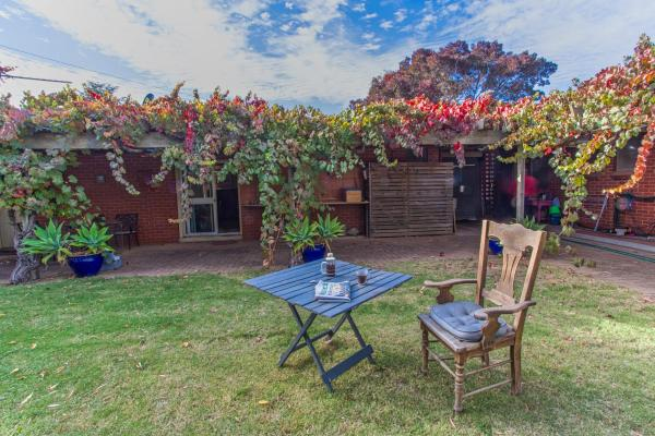 Hotel Pictures: Quilters Studio, Gawler