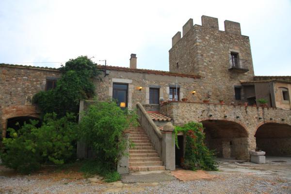 Hotel Pictures: Mas la Torre, Palau-Saverdera