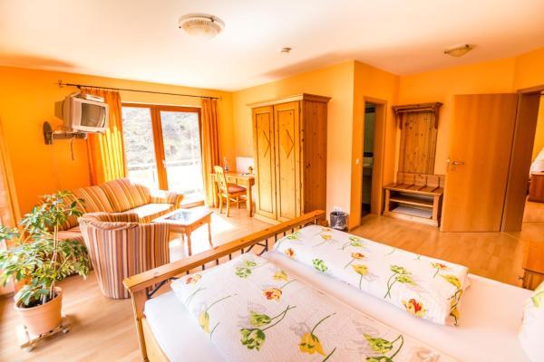 Hotel Pictures: Waldhotel, Kaltenborn