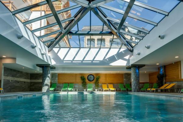 Hotel Pictures: CGH Résidences & Spas Le Napoléon, Montgenèvre