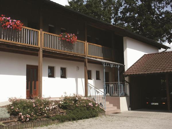Hotel Pictures: Gästehaus Leithen, Bad Birnbach