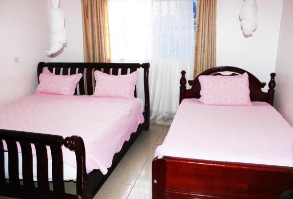 Deluxe Twin Room with Lake View