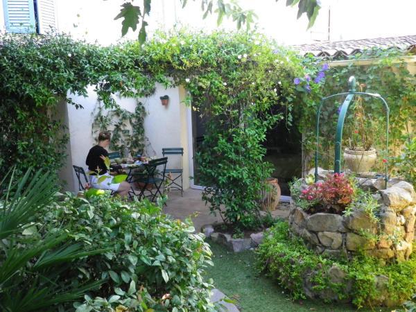 Hotel Pictures: Chez Catherine, Roquebrune-sur-Argens
