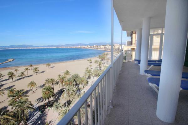 Hotel Pictures: Apartment Arenal Lars, El Arenal
