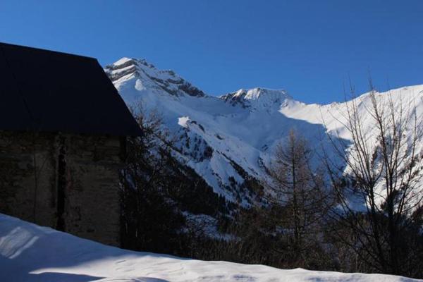 Hotel Pictures: Le Gite De L'eau Blanche, Villard-Reymond