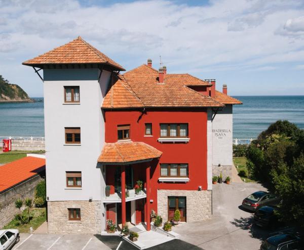 Hotel Pictures: Hotel Ribadesella Playa, Ribadesella