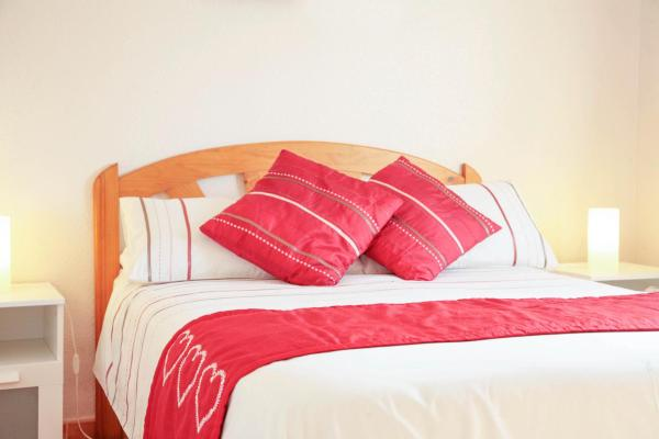 Comfort Double Room with shared bathroom