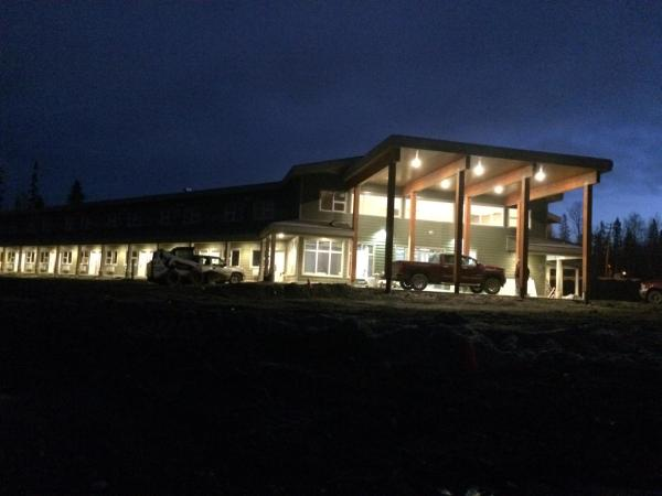 Hotel Pictures: Royal Oak Inn and Suites & RV Park, Mackenzie