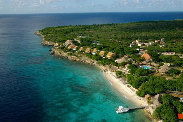 Hotel Pictures: Kura Hulanda Lodge & Beach Club, Sabana Westpunt
