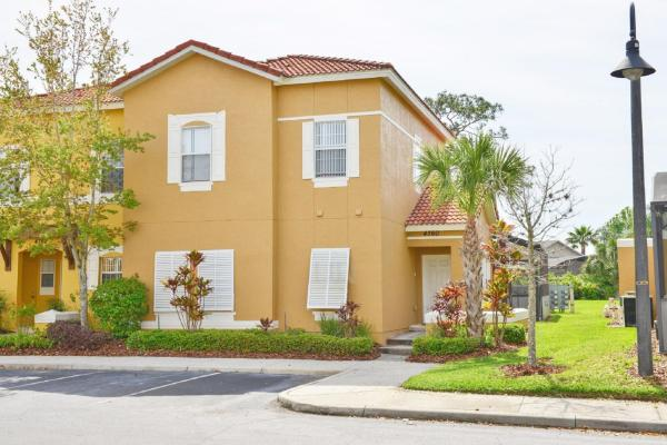 Four-Bedroom Townhome