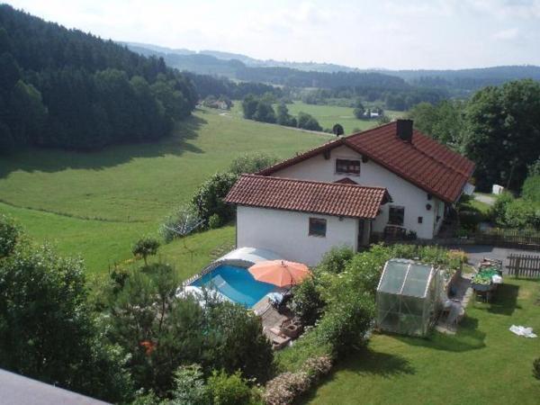 Hotel Pictures: Ferienwohnung Fürst, Grafenau