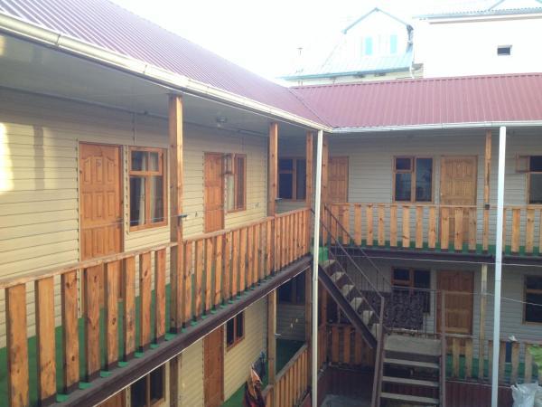 Фотографии отеля: On Izumrudnaya mini-hotel, Адлер