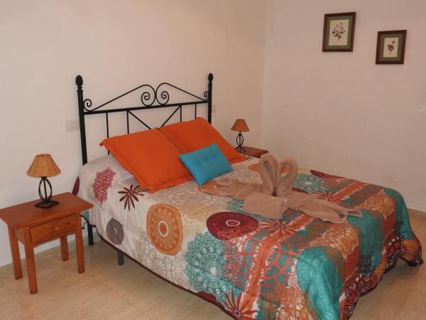 Hotel Pictures: Casa Rural Casa del Cuartel, La Oliva