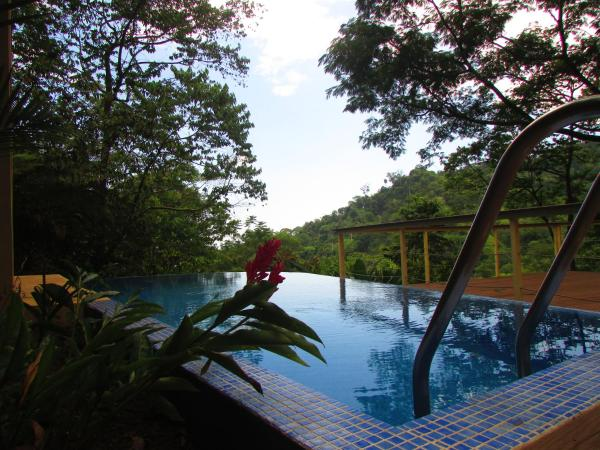 Holiday Home with Pool View