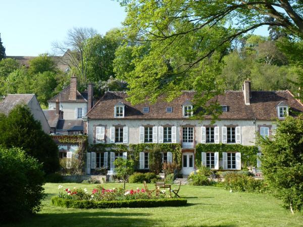 Hotel Pictures: Le Clos Saint Nicolas, Château-Renard
