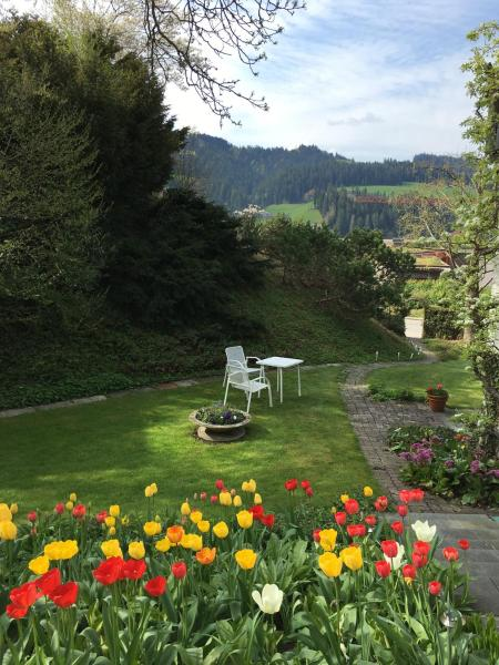 Hotel Pictures: BnB Haus Wagner, Langnau