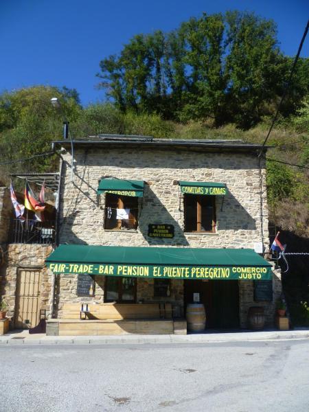 Hotel Pictures: El Puente Peregrino, Trabadelo