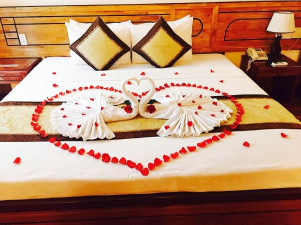 Superior Double or Twin Room  – city view