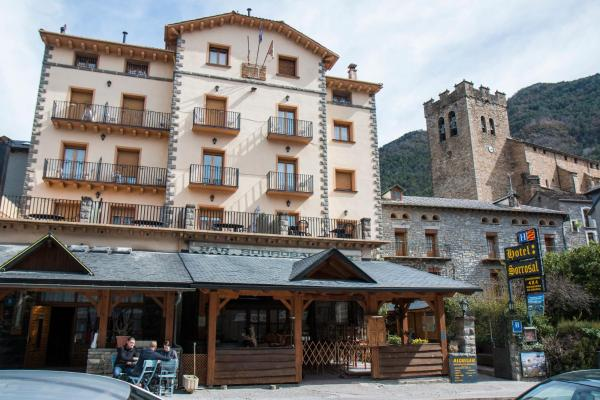Hotel Pictures: Sorrosal, Broto